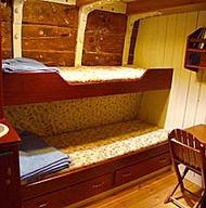 Boat_hostel